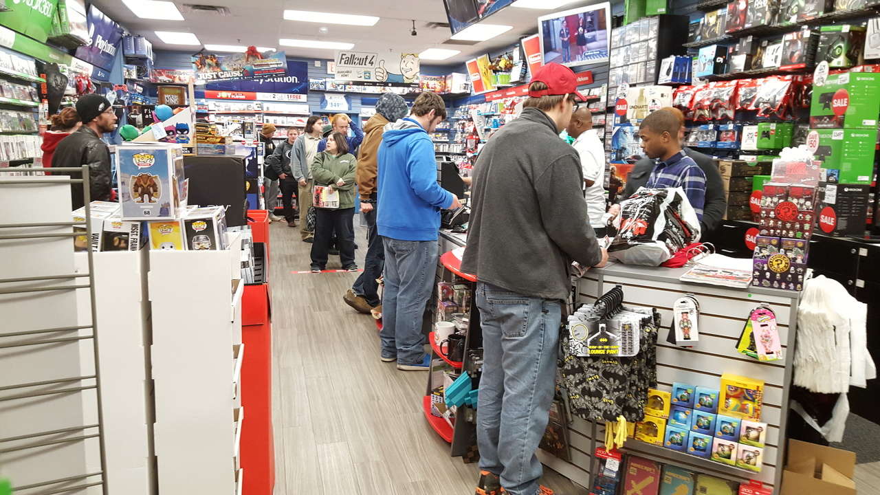 dozens wait out in the cold for black friday shopping at harrisburg gamestop - Is Gamestop Open On Christmas Day