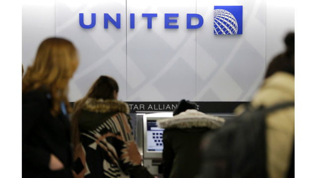 United to issue special pet carrier tags after dog's death