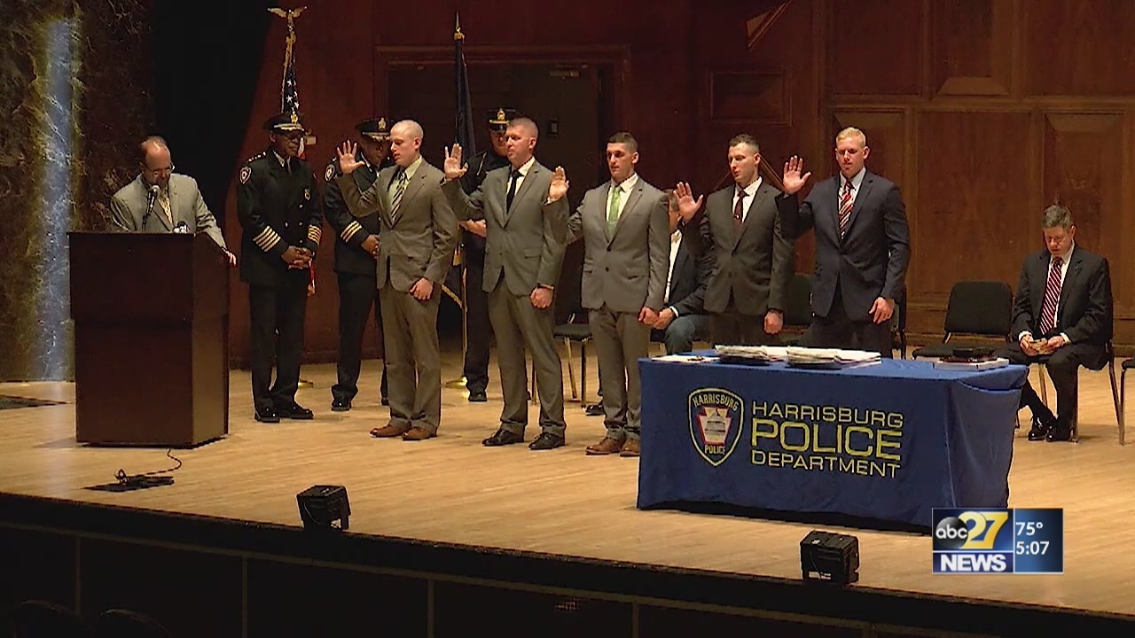 Harrisburg police honor officers, welcome recruits