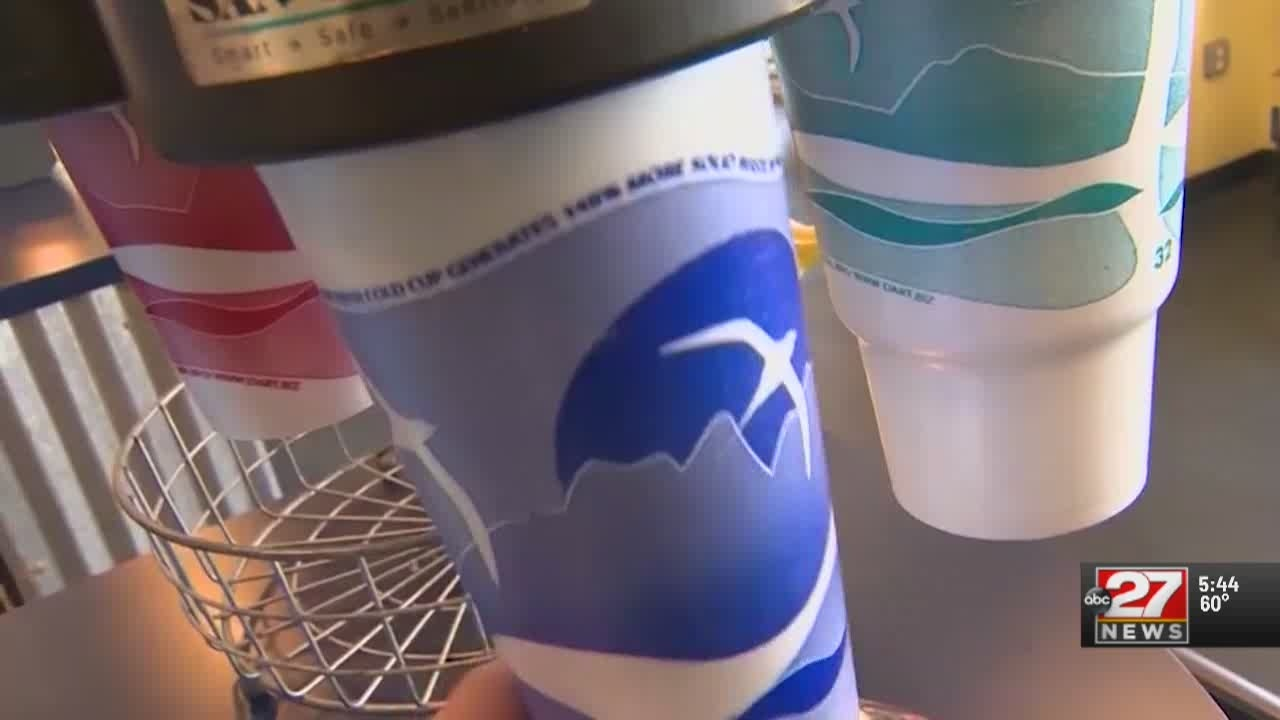 'Zero waste' bills would place limits on plastic straws, bags